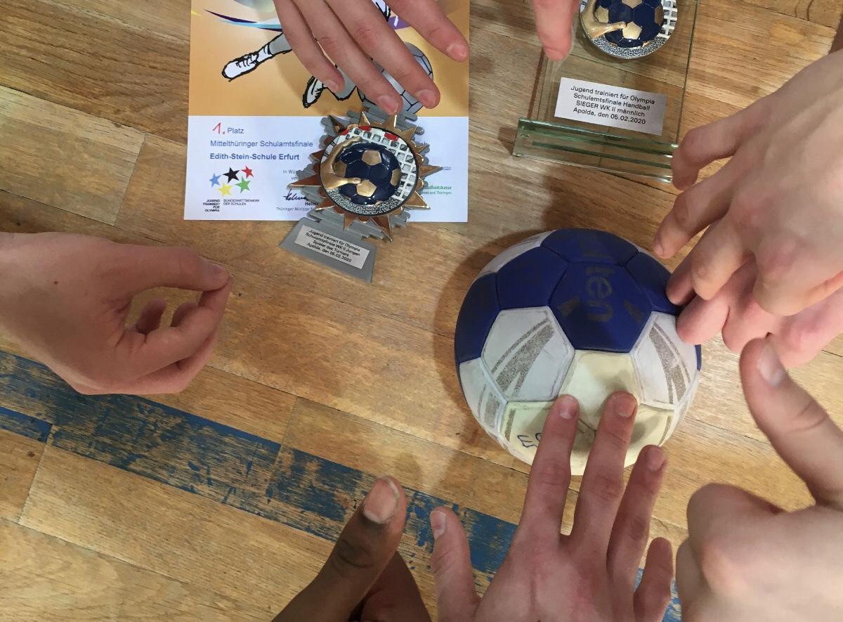 Handballer und Leichtathleten erfolgreich